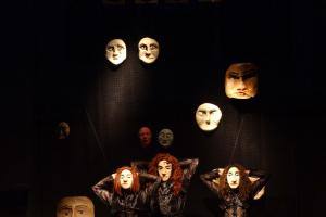A Hole in the View. Dance piece with Masks